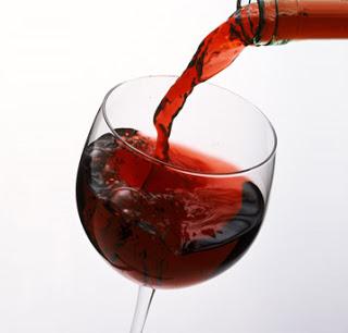 Estudo comprova que tomar vinho emagrece
