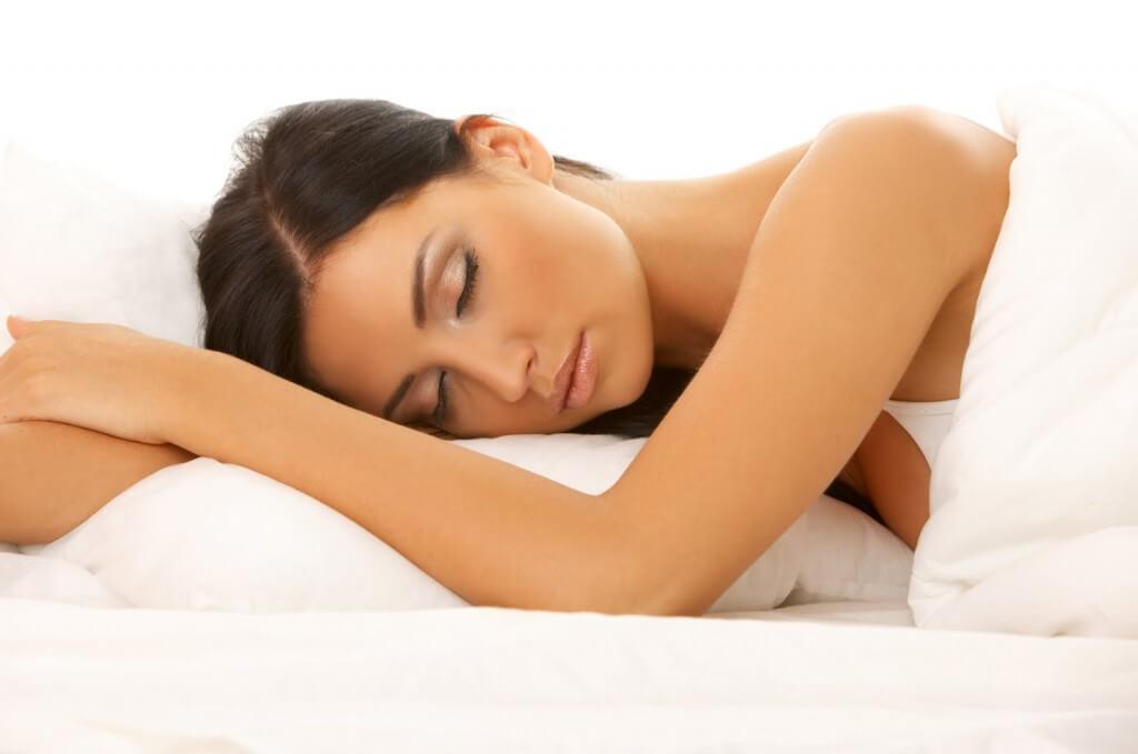 10 Melhores Remédios Caseiros Que Vão Te Ajudar a Dormir Melhor!