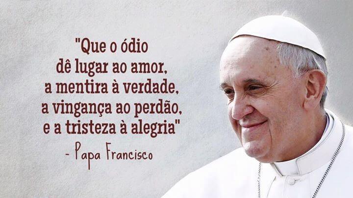 You are currently viewing 15 Frases Marcantes do Papa Francisco Que Transformarão a Sua Vida