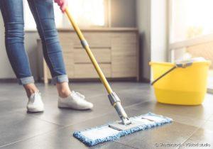 Incrível Truque Para Limpar o Chão e Deixar Impecável Sem Gastar Nada