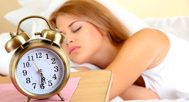 Você acorda de madrugada todas as noites? Isso tem Uma Explicação!