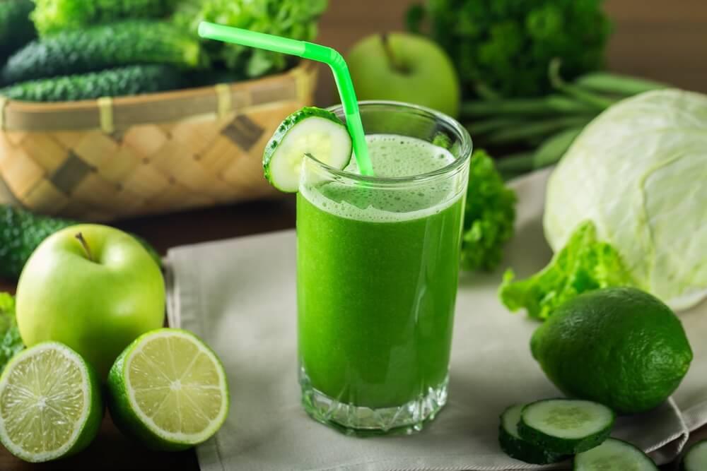 You are currently viewing Suco Verde: 5 Melhores Receitas Para Desinchar e Emagrecer