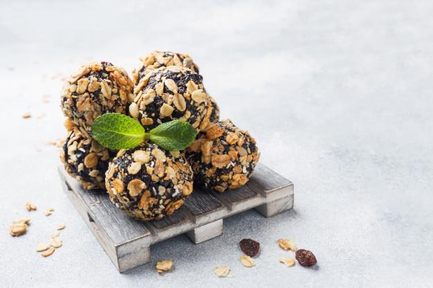 6 Receitas de Brigadeiro Fit Deliciosas Para Comer Sem Culpa