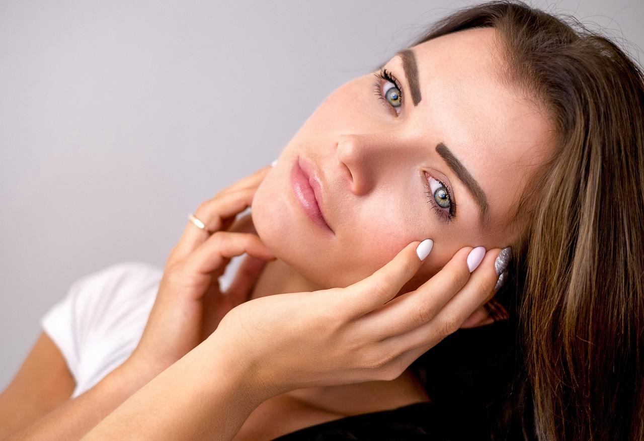 You are currently viewing 8 Dicas sobre cuidados com a pele